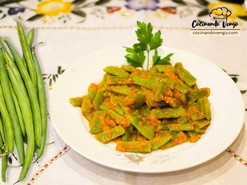 Judias verdes con salsa de tomate